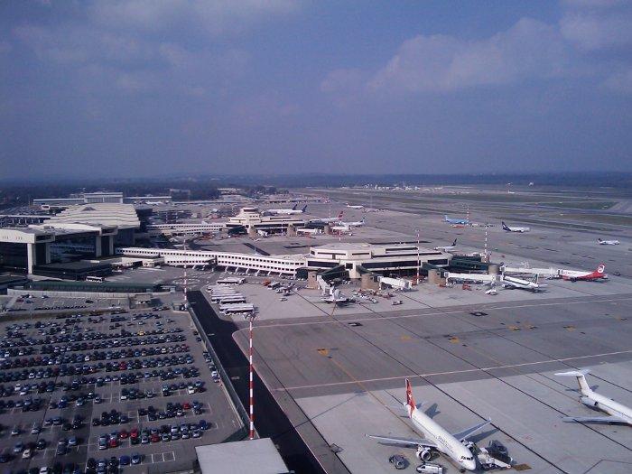 Aeroporto Alle Porte Di Milano : Hotel vicino malpensa servizio navetta per aeroporto